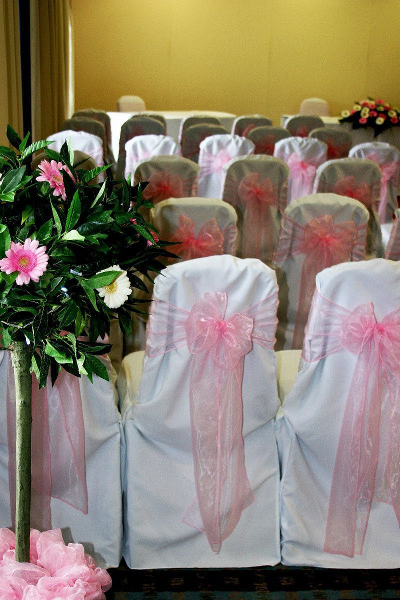 So Pretty in Pink for your ceremony